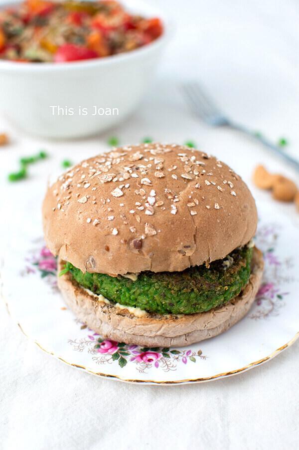Vegan doperwtenburgers