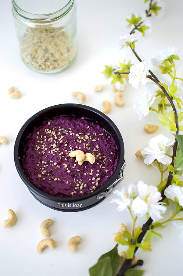 No bake vegan cheesecake recept met blauwe bessen