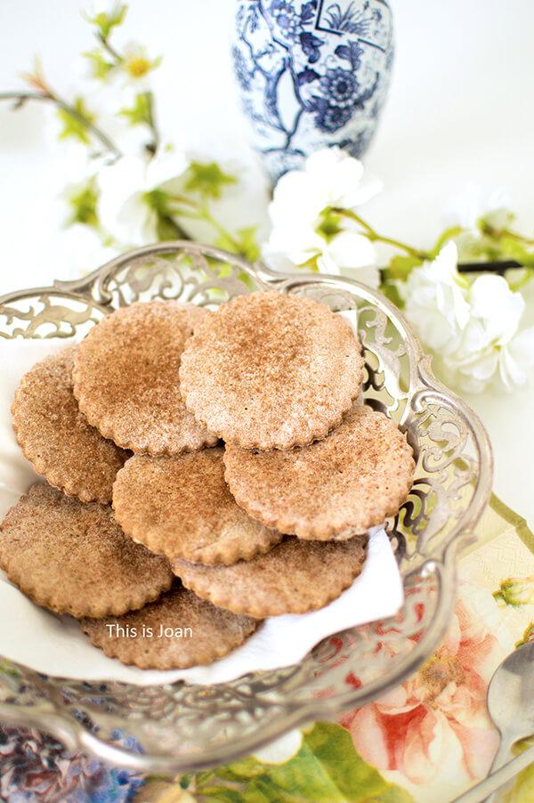 Vegan glutenvrije biscuitjes met kaneel
